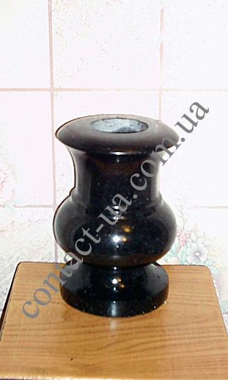 Гранитная ваза №49