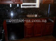 Кухонный стол из чёрного лабрадорита с вырезом под мойку №64
